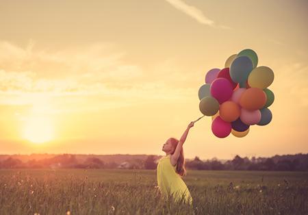 婚后能够获得爱人疼爱 感情幸福的生肖女