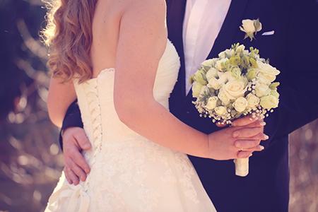 缘分既定,情人节结婚的星座