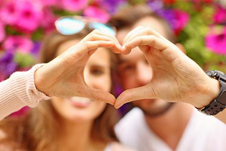 这些星座在恋爱中非常有眼力见,想不爱都难!